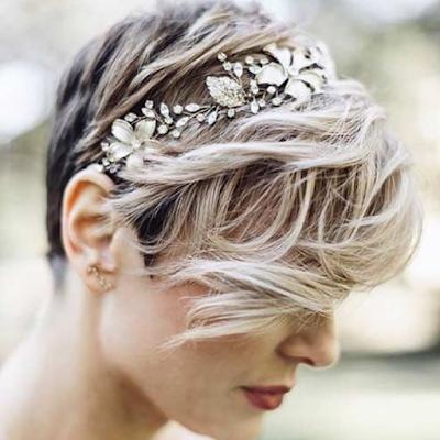 inspirations et idées de coiffures pour mqriées aux cheveux courts blog mariage www.unjourmonprinceviendra26.com