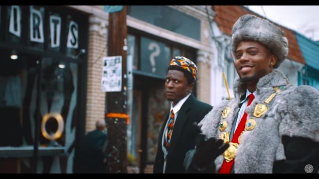 """Após hiato musical, B.o.B lança """"Soul Glo"""", clipe inspirando em filme clássico do Eddie Murphy"""