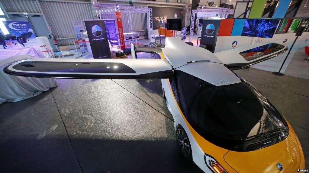 Uber espera optimizar menor electricidad, ruido mínimo y capacidades de despegue y aterrizaje vertical / REUTERS