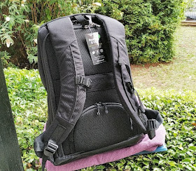 Gadget Explained: RiutBag R15 3 Commuter Laptop Backpack