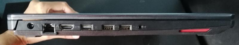 sisi kiri ASUS TUF Gaming FX505D