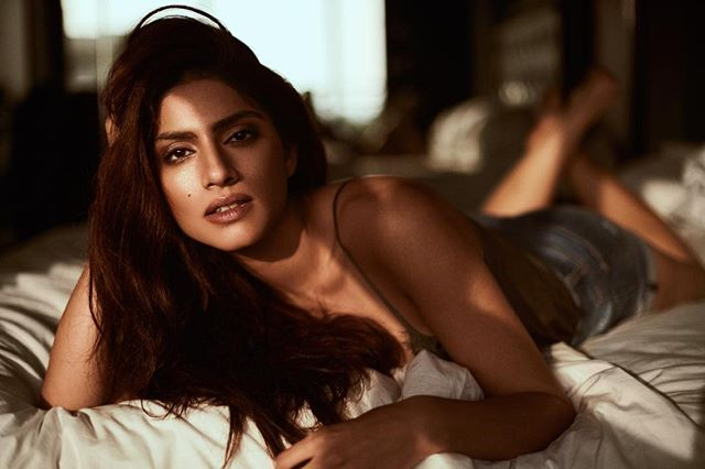 bollywood actresses sapna pabbi share photos