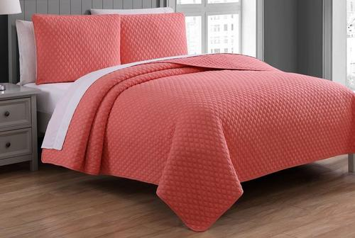 American Home Fashions Fenwick Quilted QuiltSet