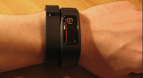 Garmin Vivofit vs Fitbit Charge [Guide for the serious buyers]