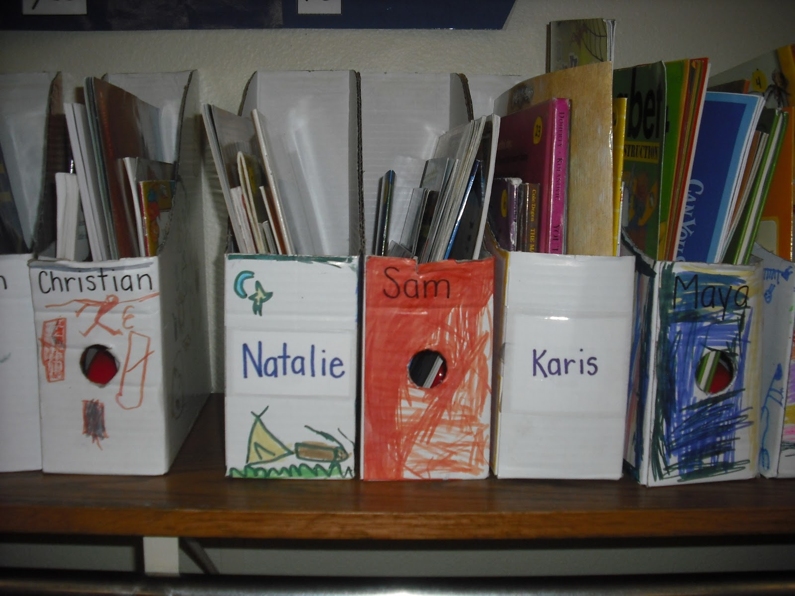 ... this component of Daily 5 can be enjoyable for the students and the  teacher. Here is a picture of some of my kinder cuties' book boxes.