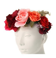 http://www.claires.com/fr/rosy-red-oversized-flower-crown-10613.html?cgid=2748