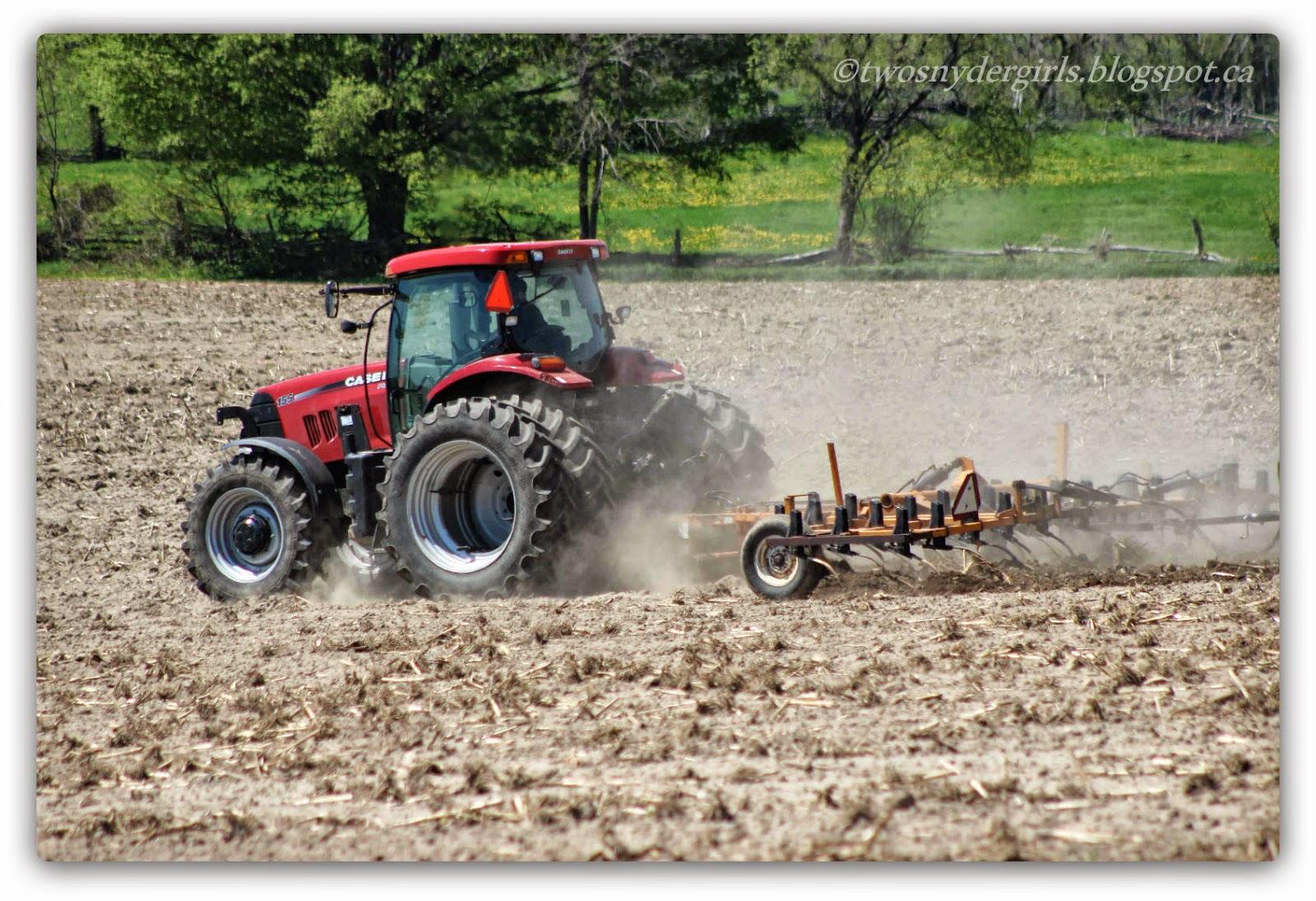 Trackor plowing
