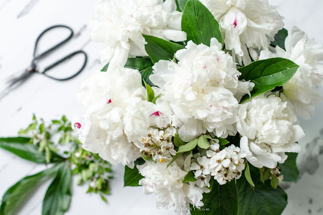 the simple tip that will have you arranging flowers like a pro