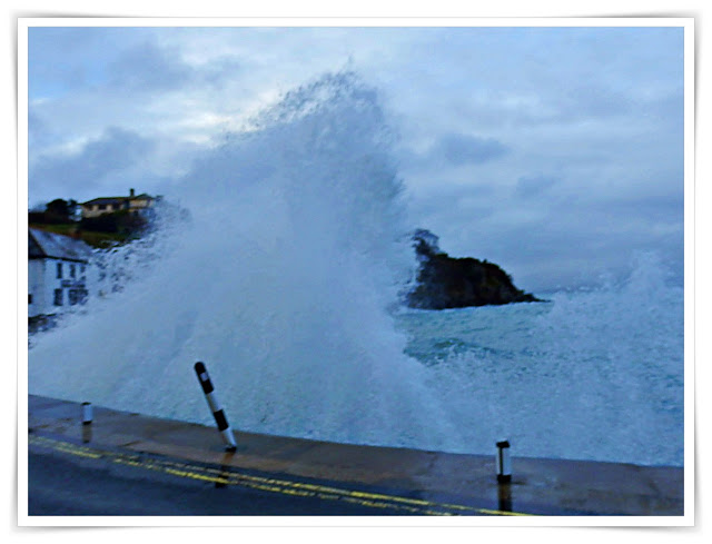 High waves at Portmellon, Cornwall