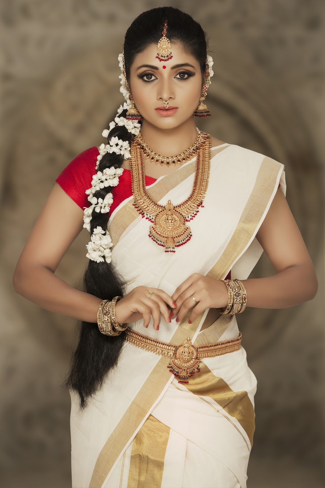 Actress Adhiti New Photo Shoot Images