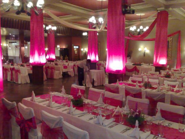 muyameno: decoración de bodas fucsia 2