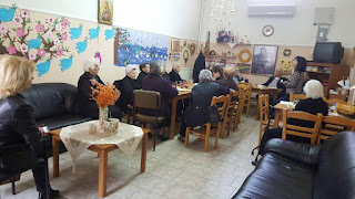 Πασχαλινές δημιουργίες στο Κέντρο Ημερήσιας Φροντίδας Ηλικιωμένων του Δήμου Κατερίνης