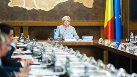Visszavont néhány kifogásolt intézkedést a román kormány a tüntetéseket kiváltó igazságügyi rendeletéből