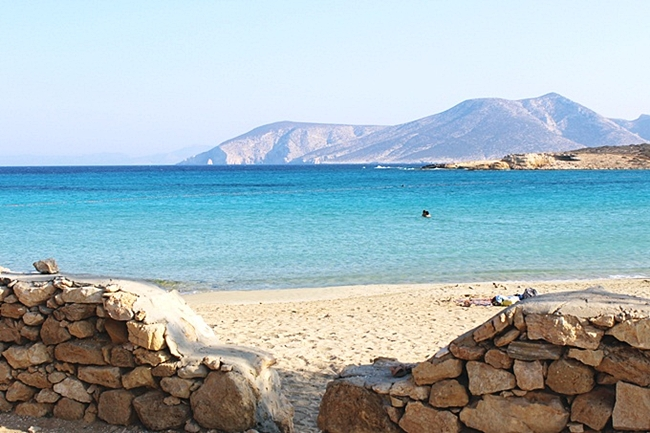 Pori bay & Pori beach,Koufonisia island Greece.Koufonisia Koufonissi beaches.Kufonisija plaze.Koufonisia travel guide.