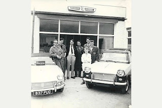 Central Garage of Brixham - The owner and Ashley family members outside the original showroom
