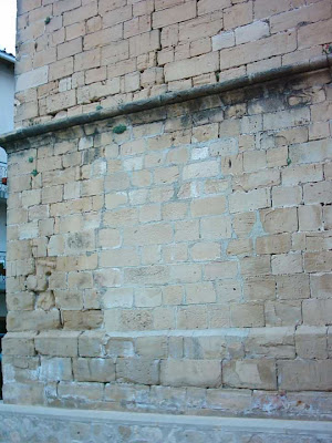 iglesia ,San Bartolomé, plaza ,Beceite ,Beseit, misa, fachada, frontón, saque