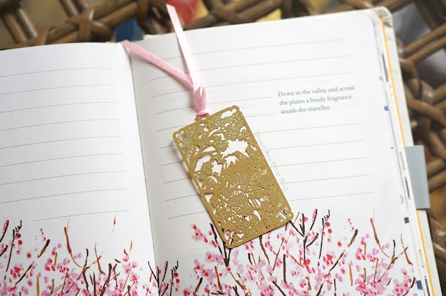 Gold Mount Fuji Cherry Blossom Bookmark Stationery Fair Delhi