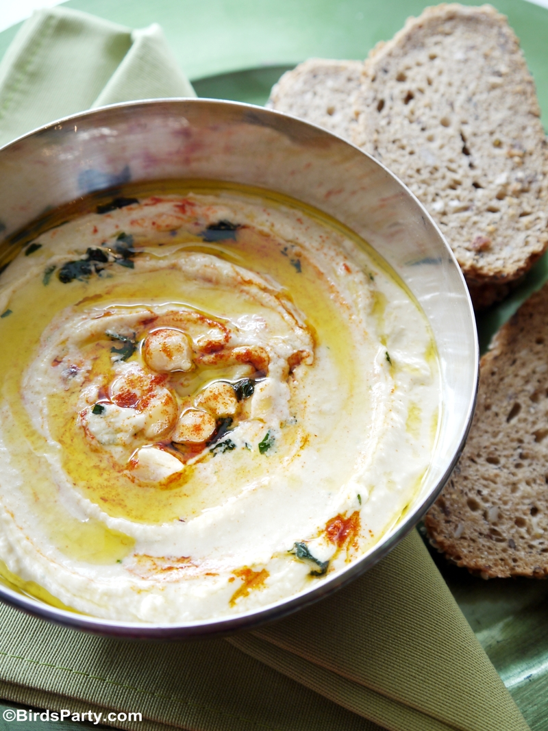 Quick and Easy Appetizer: Creamy Chickpea Houmous Recipe