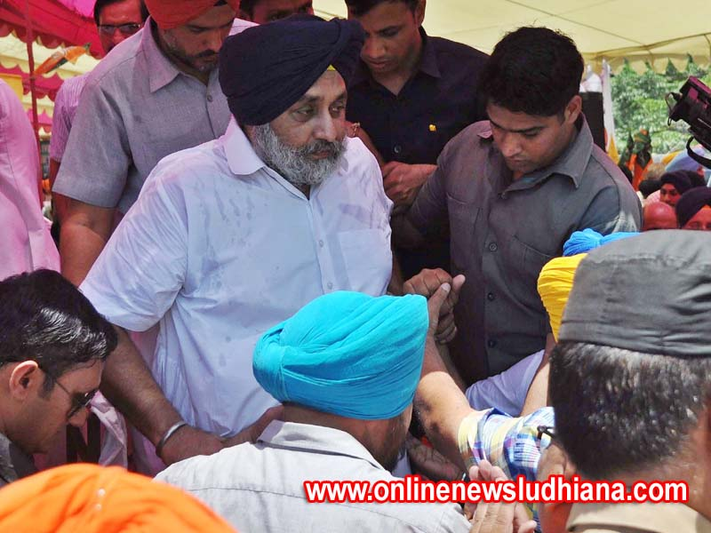 SAD President Sukhbir Singh Badal during a massive dharna outside the deputy commissioner Ludhiana office