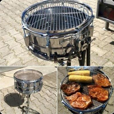 Drum set yang dimodifikasi jadi pemanggang barbeque.