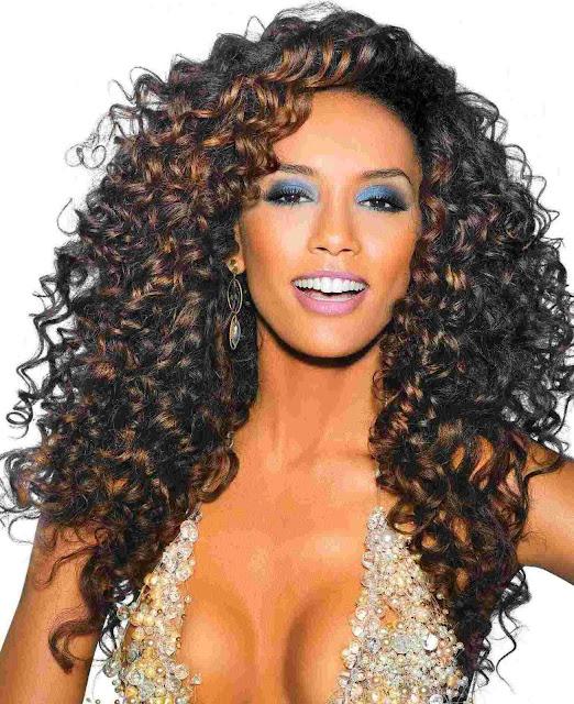 10 dicas de como ter cabelos cacheados perfeitos