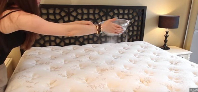 How to Clean A Mattress!