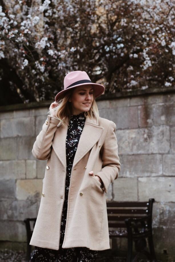 Wiosenny kapelusz