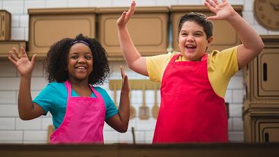 Aisha e Matheus preparam pratos simples em cápsulas de um minuto e meio - Divulgação