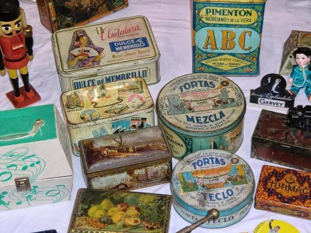 cajas metálicas vintage