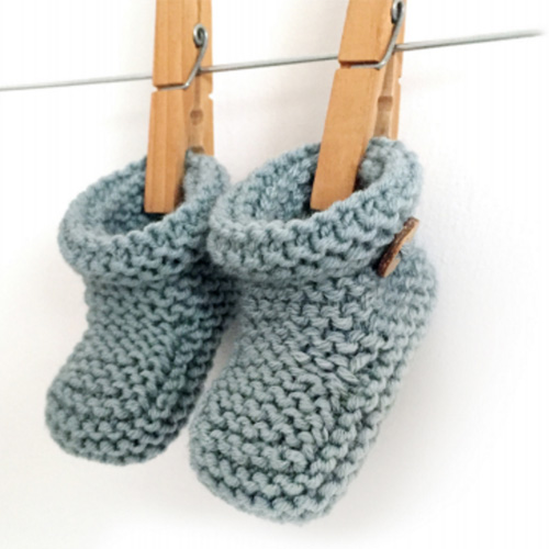 Simple Knitted Baby Booties - Free Pattern