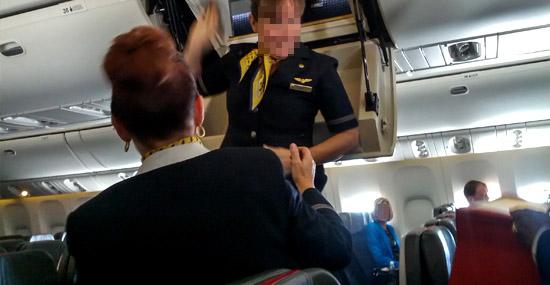Conheça esconderijo secreto exclusivo da tripulação nos aviões