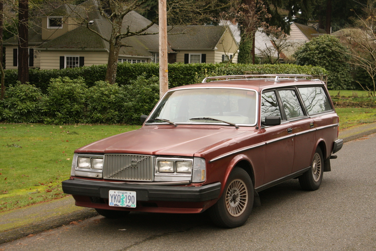 Old Parked Cars Volvo We Barely Knew Thee Tony S 1986 245