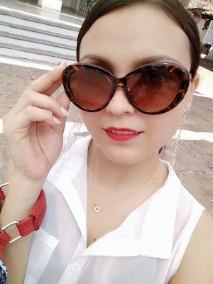 Mamá fashionista blogger