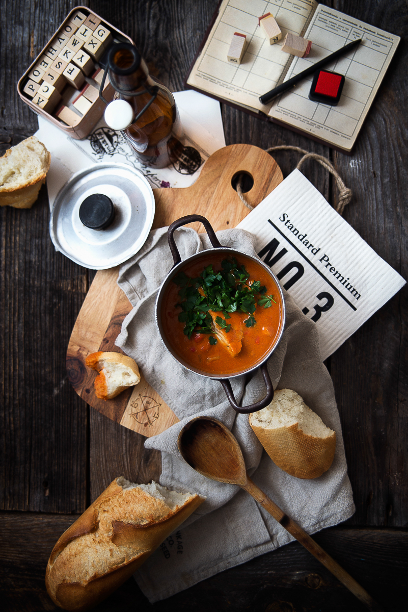 Zupa rybna (pomidorowo-kokosowa)