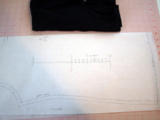Scale to calculate knit stretch