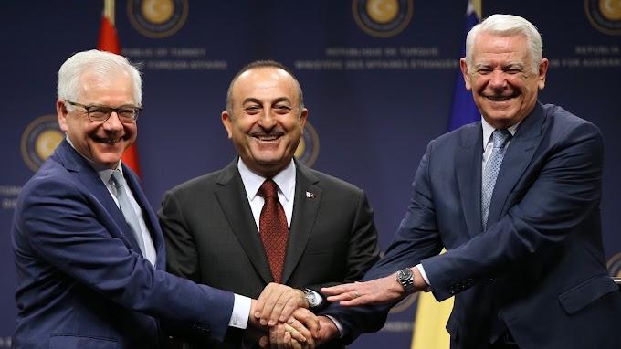A NATO kihívásairól tanácskozott Ankarában a török, a lengyel és a román külügyminiszter