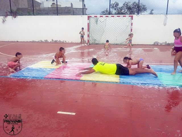 actividades agua deporte niños