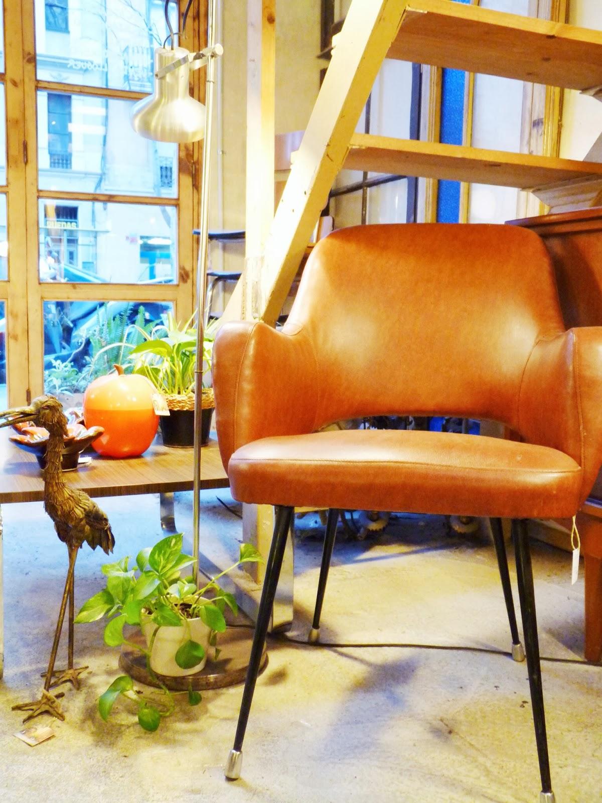 tienda muebles vintage y restaurados VALNOT