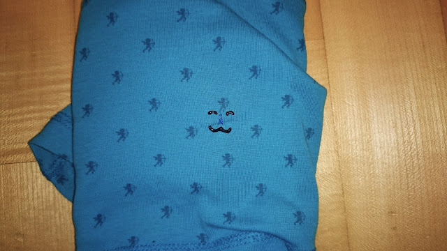 DIY Refashioning how to fix small holes in shirts clothes using pearlmaker pen