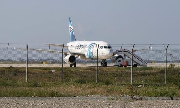 Drama rampasan EgyptAir berakhir, suspek ditahan