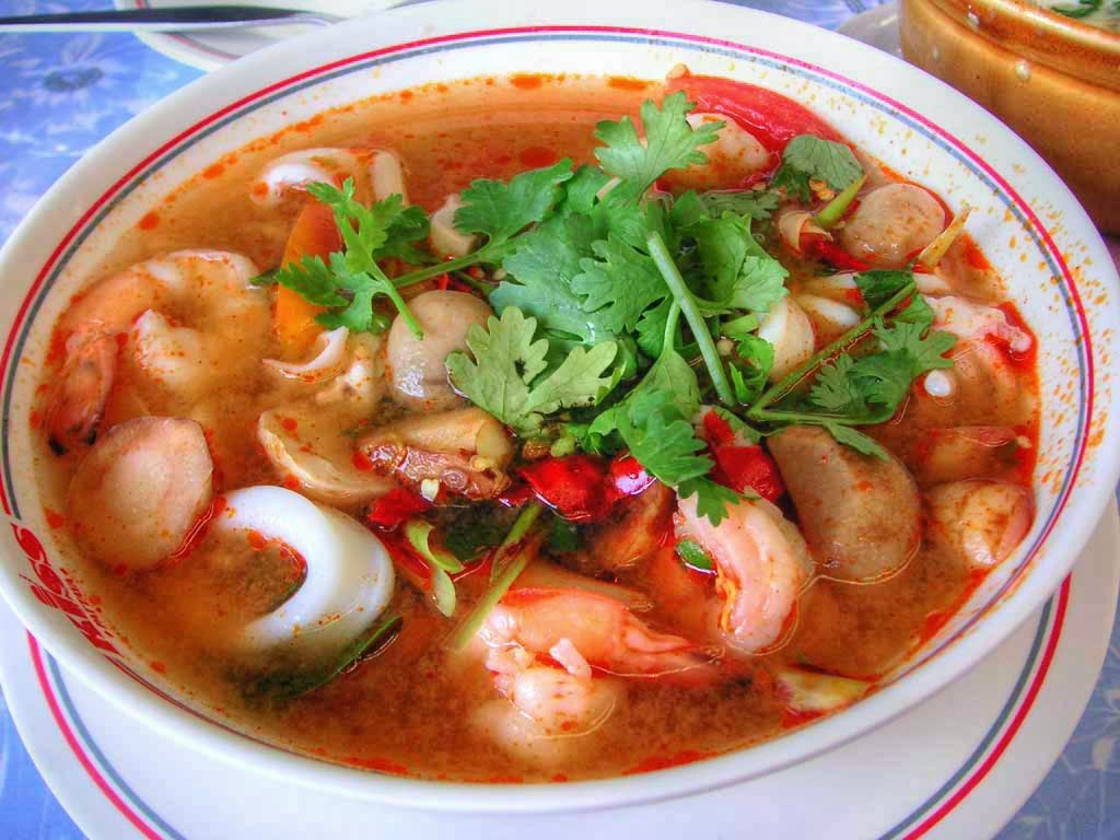 Tom Yum Goong, Thai Cooking Class with Easy Day Thailand