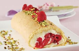 Raspberry Roll Cake (Frambuazli Rulo Pasta)