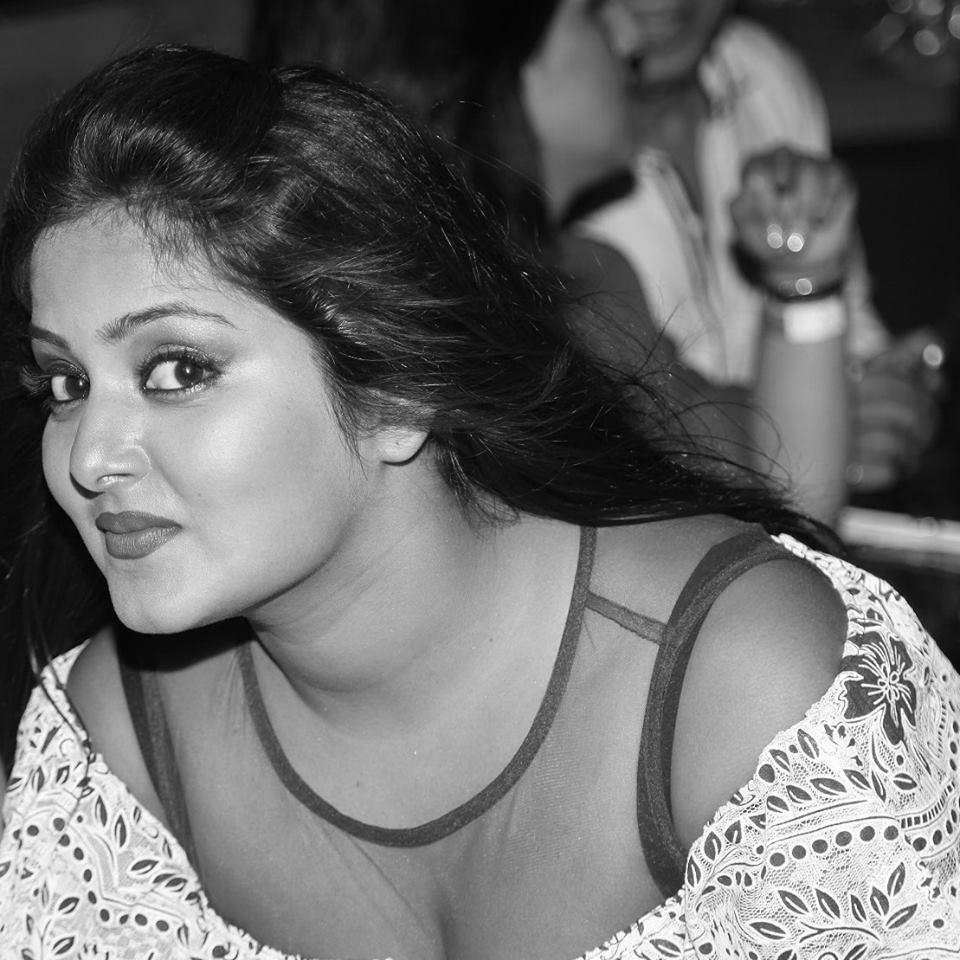 Wallpaper download ladkiyon ke - Hot Bhojpuri Actress Hd Wallpaper And Pictures