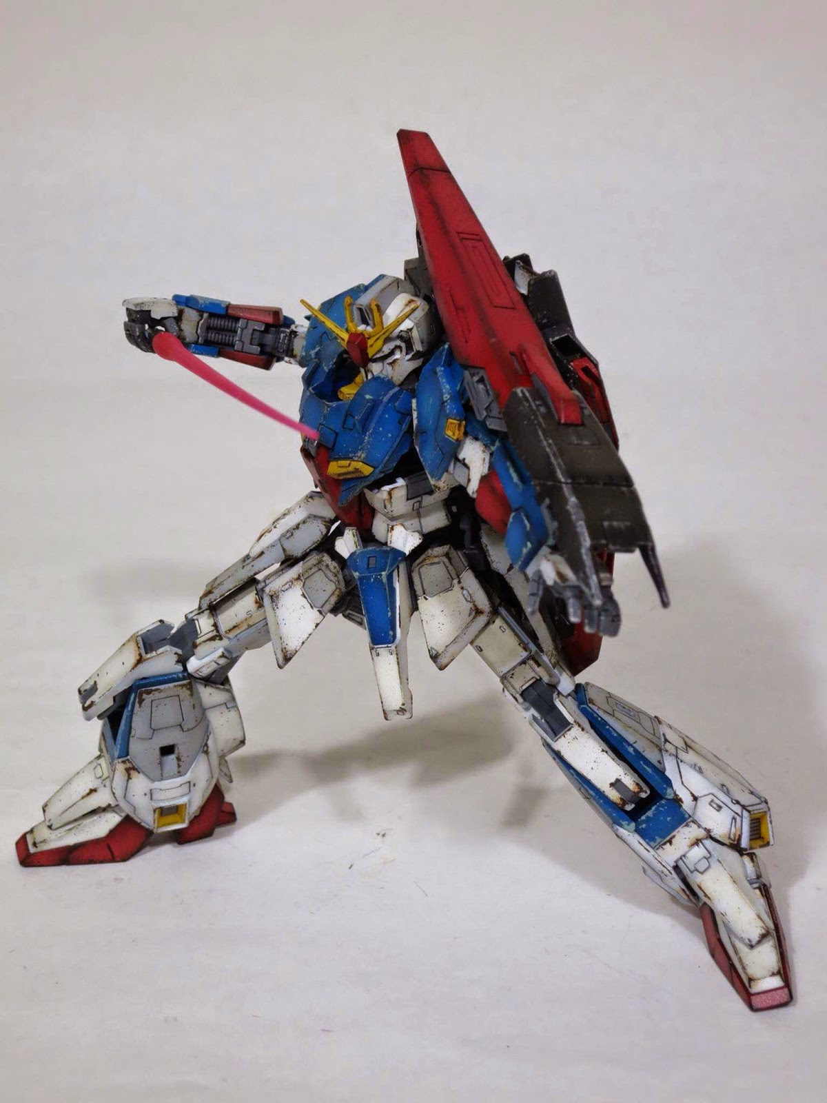 custom build rg  zeta gundam weathered gundam kits collection news  reviews