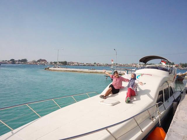 Berlayar ke Kampung Bugis Pulau Sebira