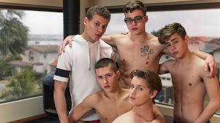 Blake Mitchell, Sean Ford, Joey Mills, Wes Campbell, Corbin Colby – Breathe (Bareback)