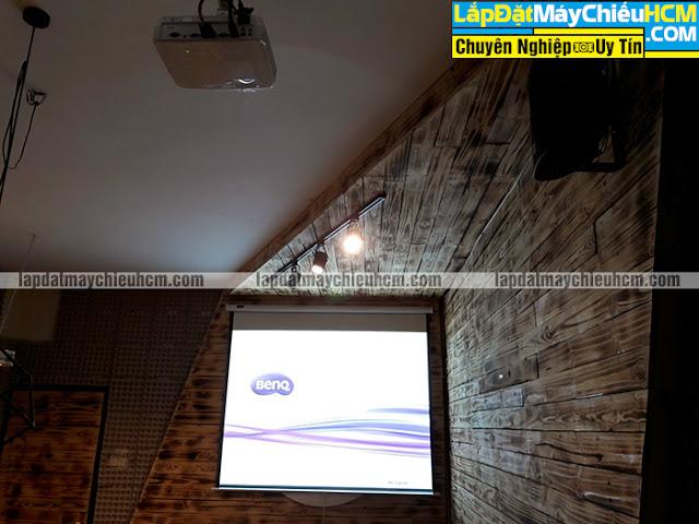 Lắp đặt máy chiếu BenQ MW529 xem phim HD 3D cho nhà hàng