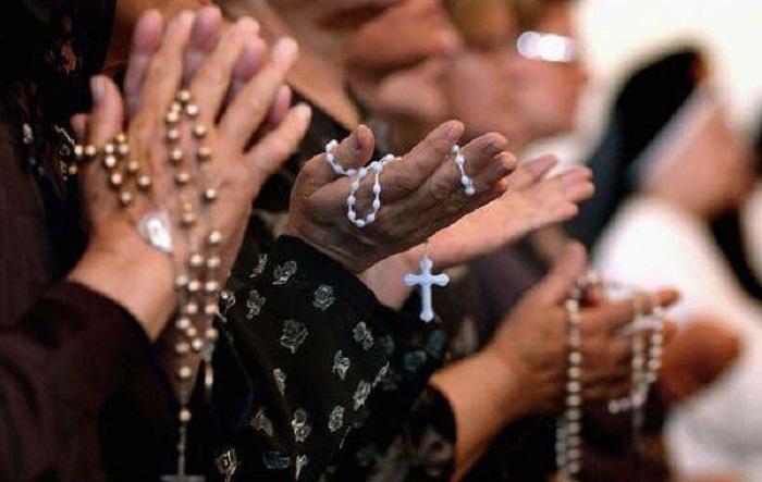Católicos não serão mais maioria no Brasil em 2030