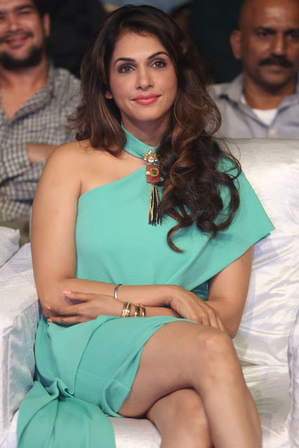 Isha Koppikar Stills At Keshava Audio Launch