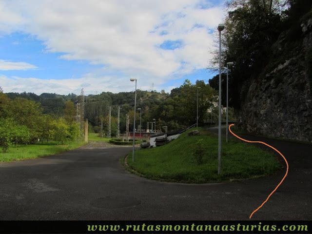 Ruta de Priañes: Central Hidraúlica de Priañes